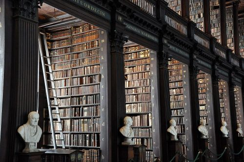 World Libraries: Stunning Classics of European Countries.
